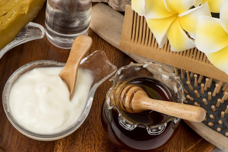 How to Wash Your Face with Coconut Oil in 5 Easy Steps