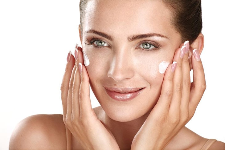 How to Speed Up Peeling after Chemical Peel with Ointment and Moisturizer