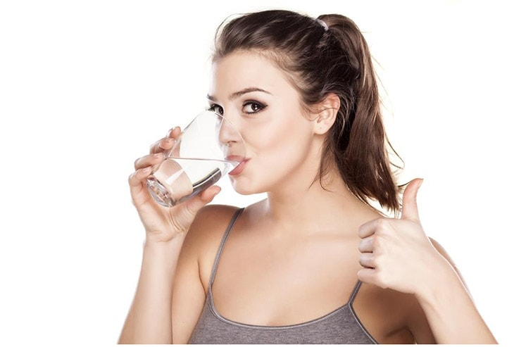 How to Make Your Lips Soft Using Drink lots of water