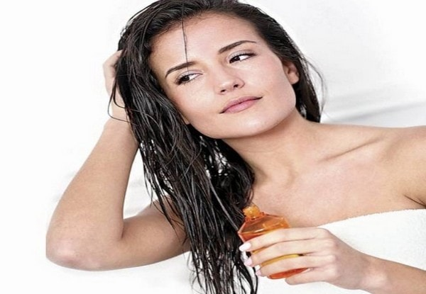 How To Keep Your Hair Straight Overnight use Wet Your Hair