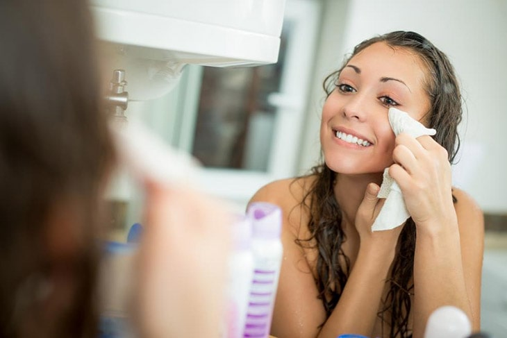 How to wash your face with coconut oil Apply  remove the make-up