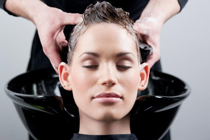 How to Remove Splat Hair Dye with clarifying shampoo