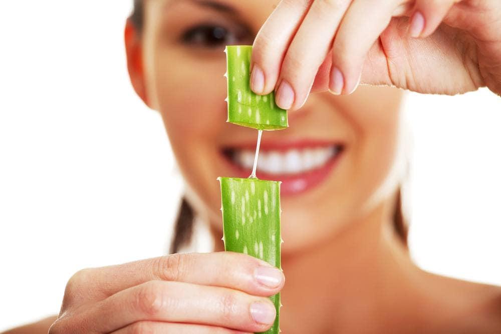 use aloe vera for sunburns