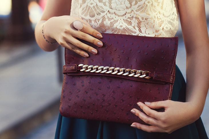 match your nail polish color with your accessories