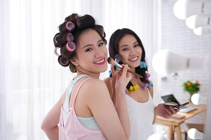 using and buying hot rollers